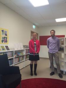 Jenny Linde, rektor, och Magnus Bromö, fokusbibliotekarie, på Harvesta skola